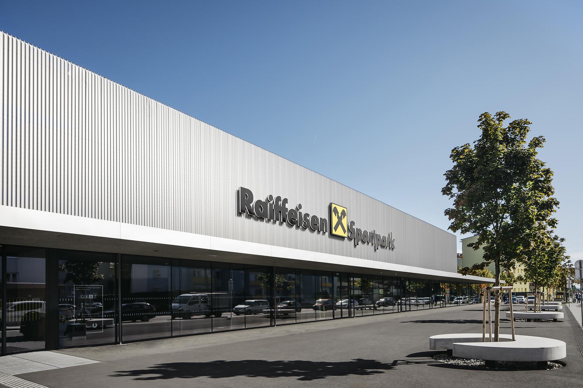 Raiffeisen-sport-park-1